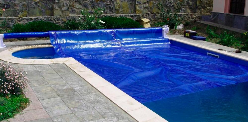 Повітряно-бульбашкова плівка для басейну