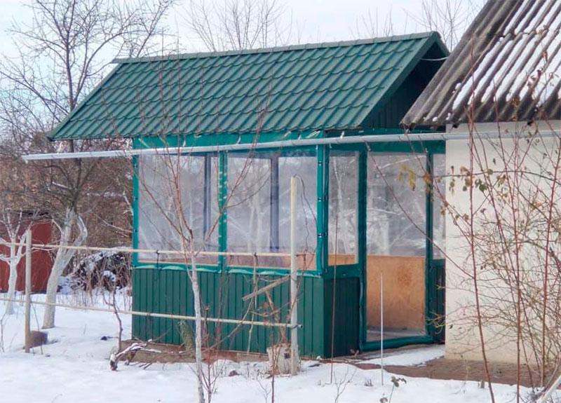 Прозрачная пленка на мягких окнах