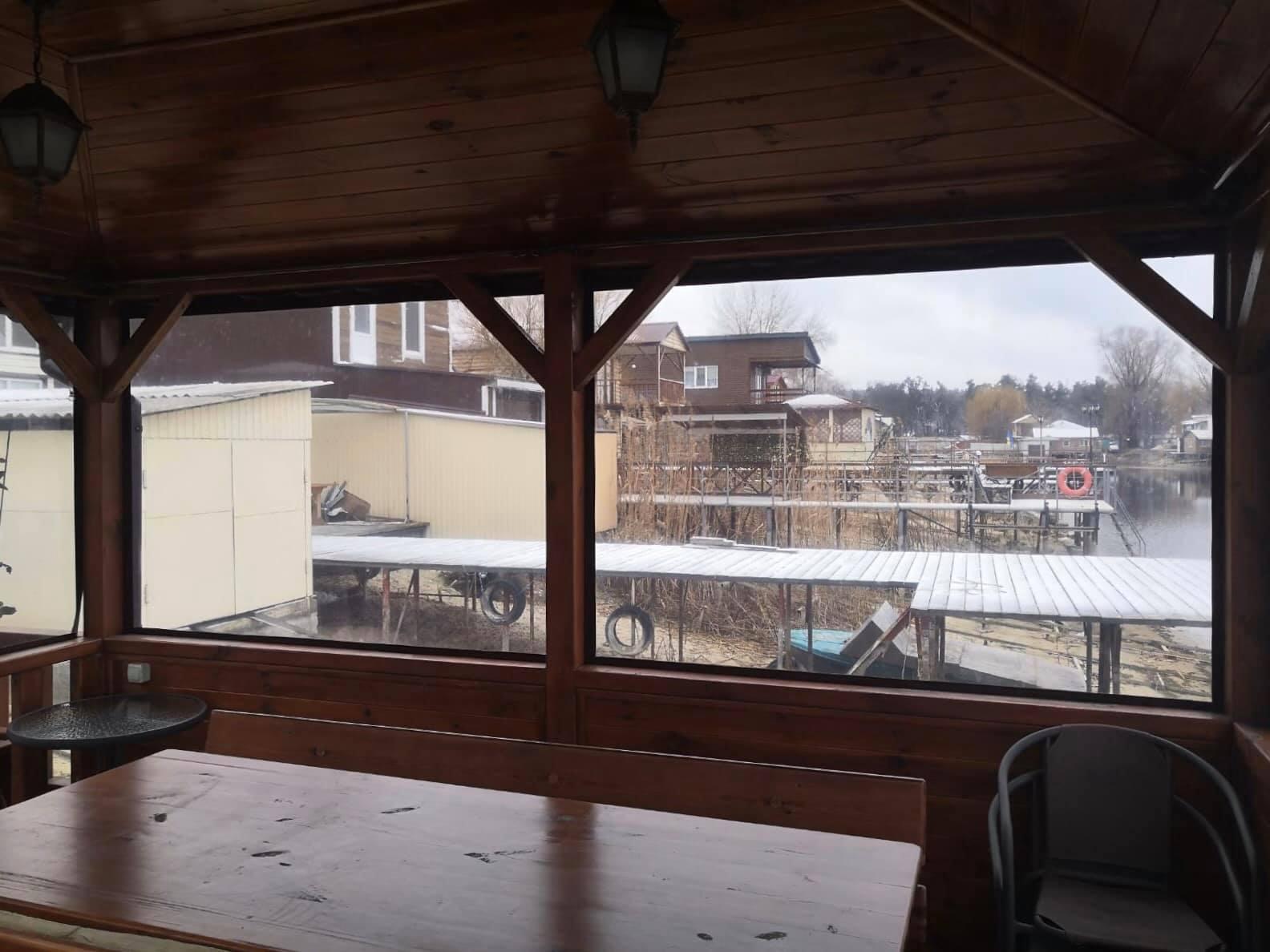 ПВХ шторы для беседки в Мелитополе