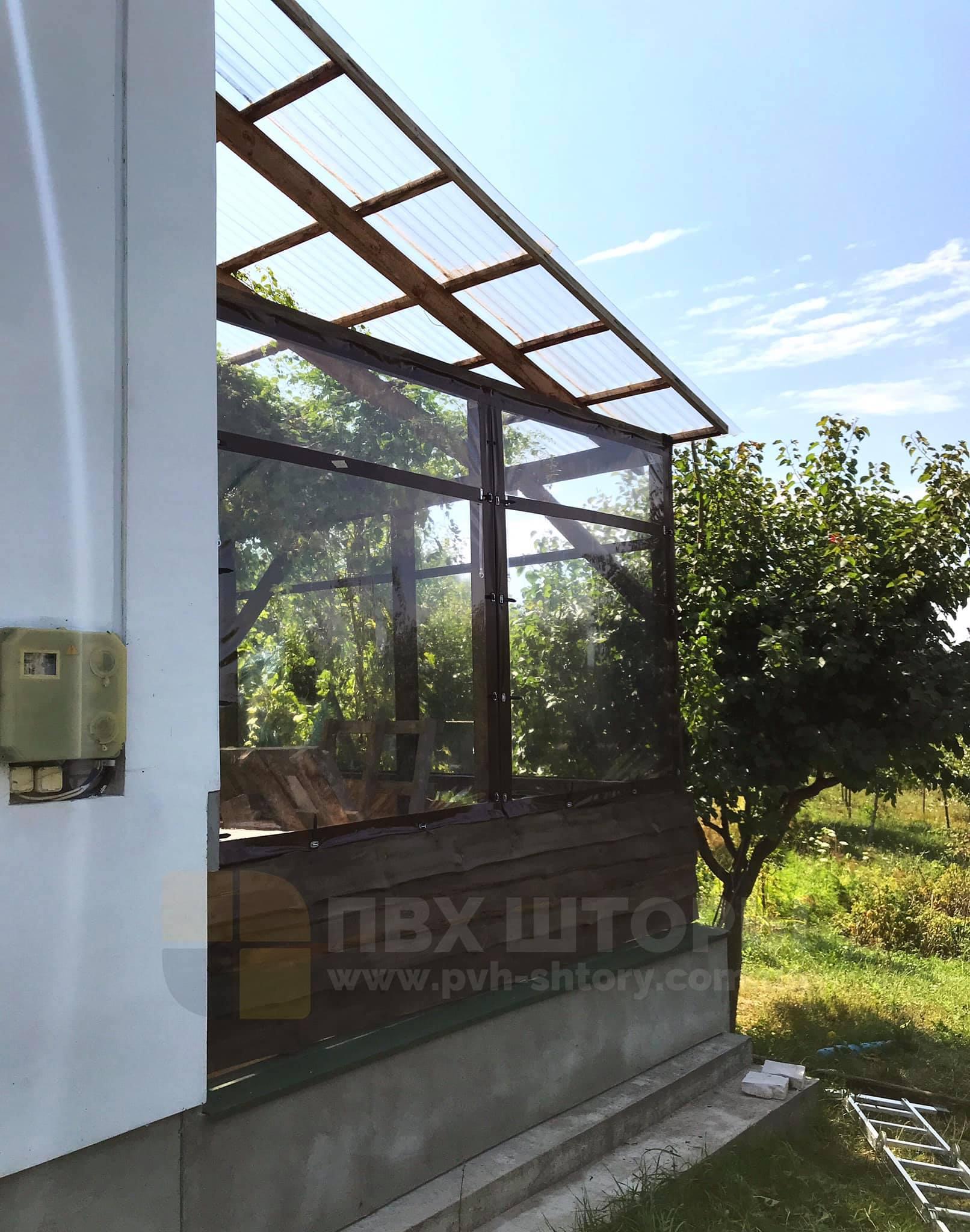 Пленочные окна для беседки в Очакове