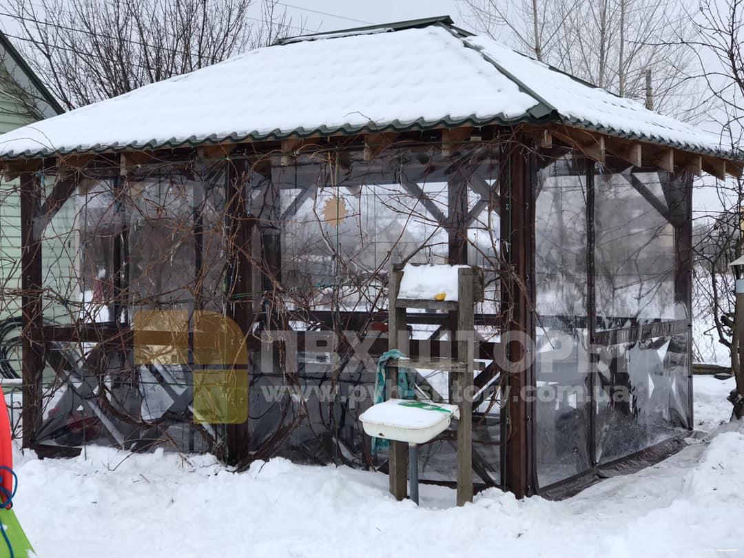 Пленочные окна для беседки в Мостиске