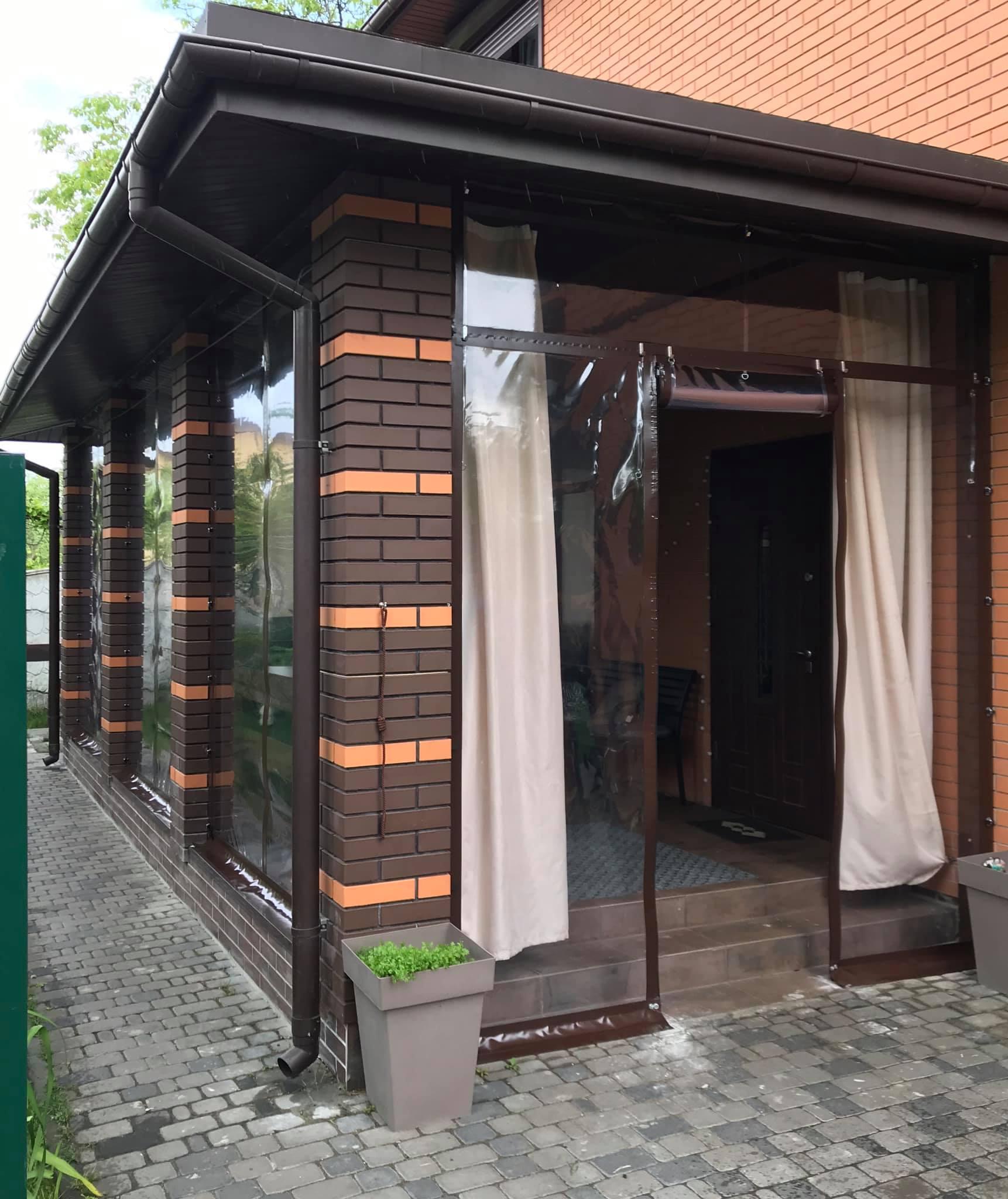 Мягкие двери на кирпичную веранду в Киеве (Славутич дачи)