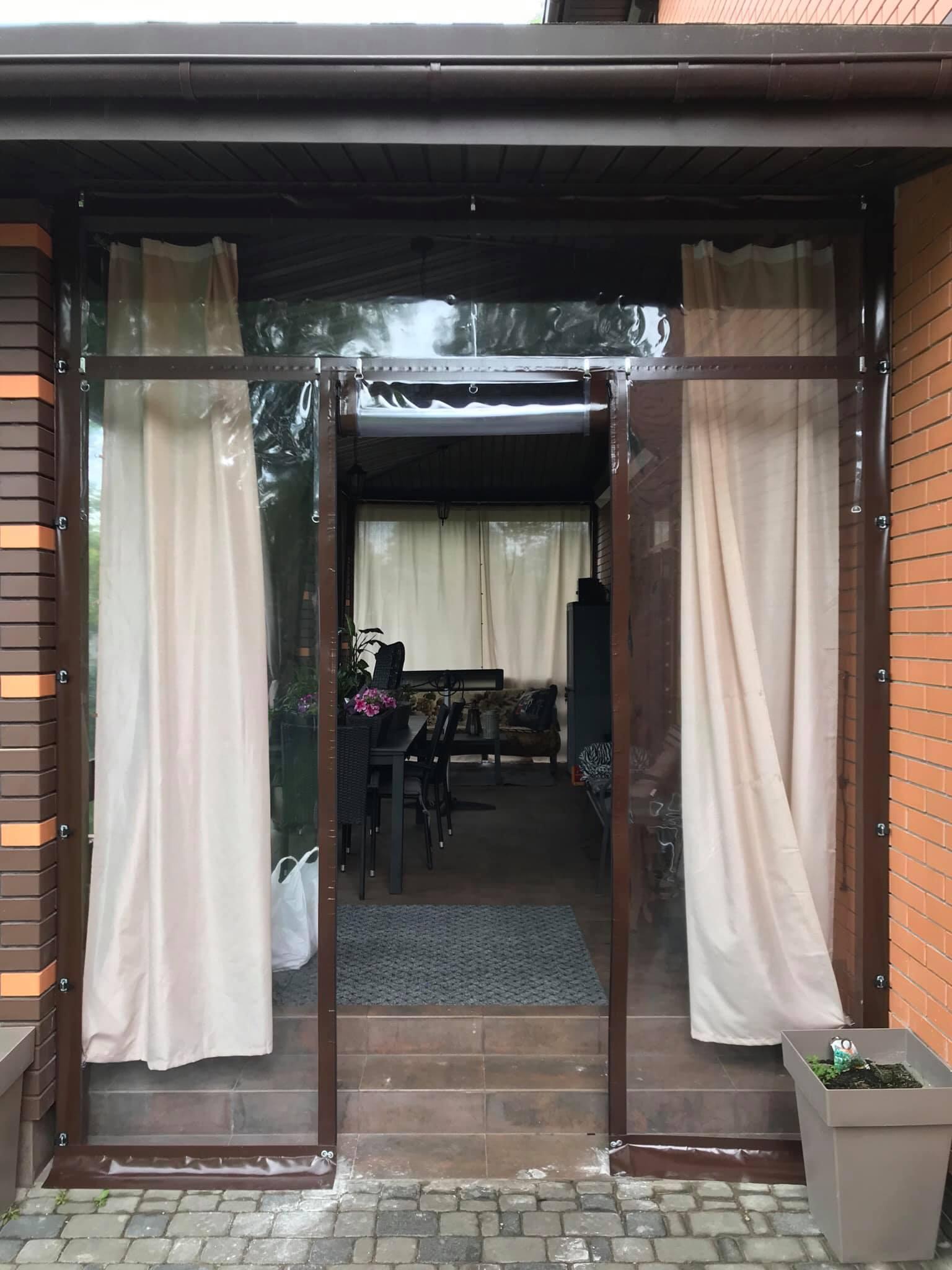 Гибкие двериа на кирпичную веранду в Киеве (Славутич дачи)