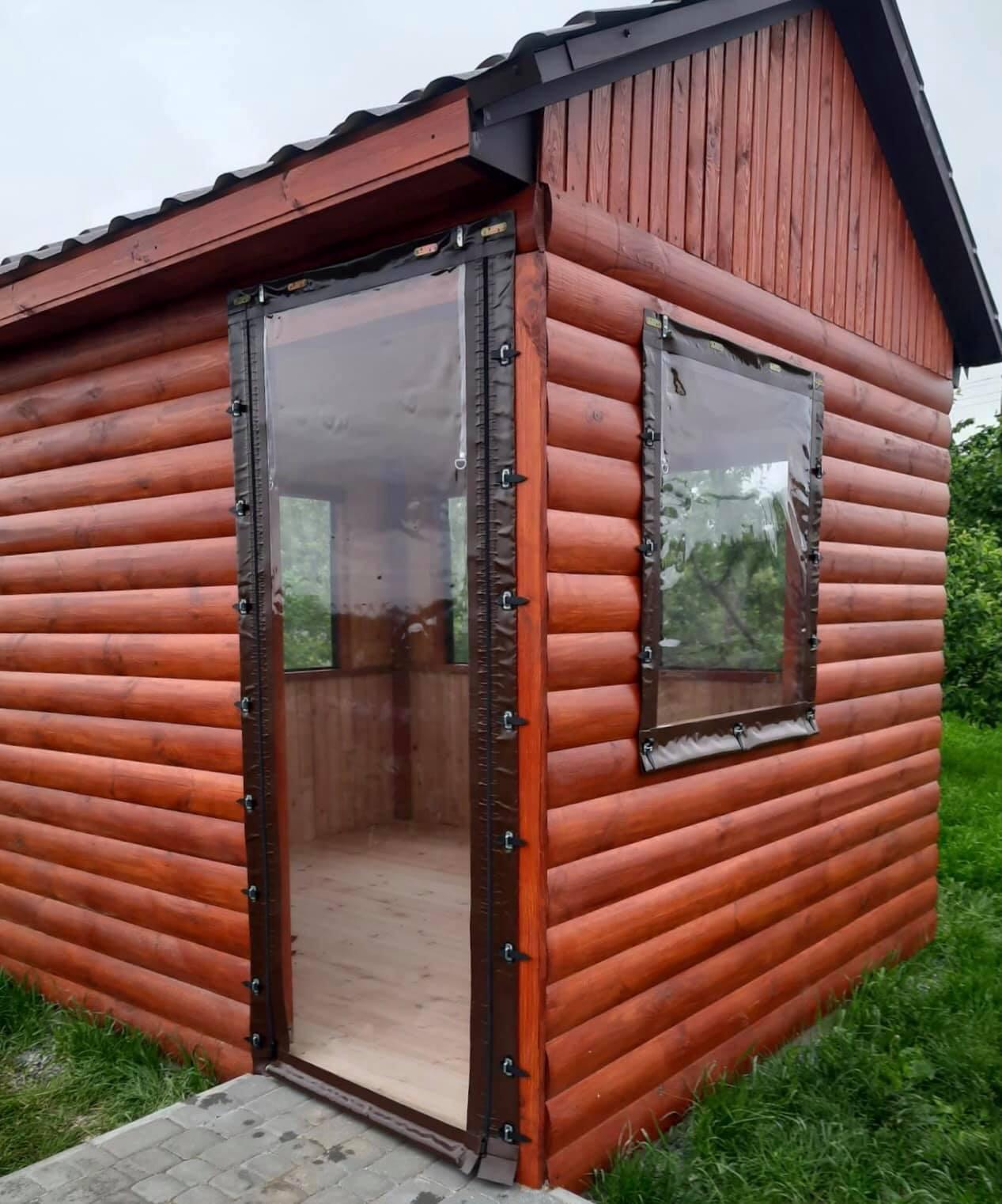 Гибкие окна на деревянную беседку в городе Гайсин (Винницкая область)