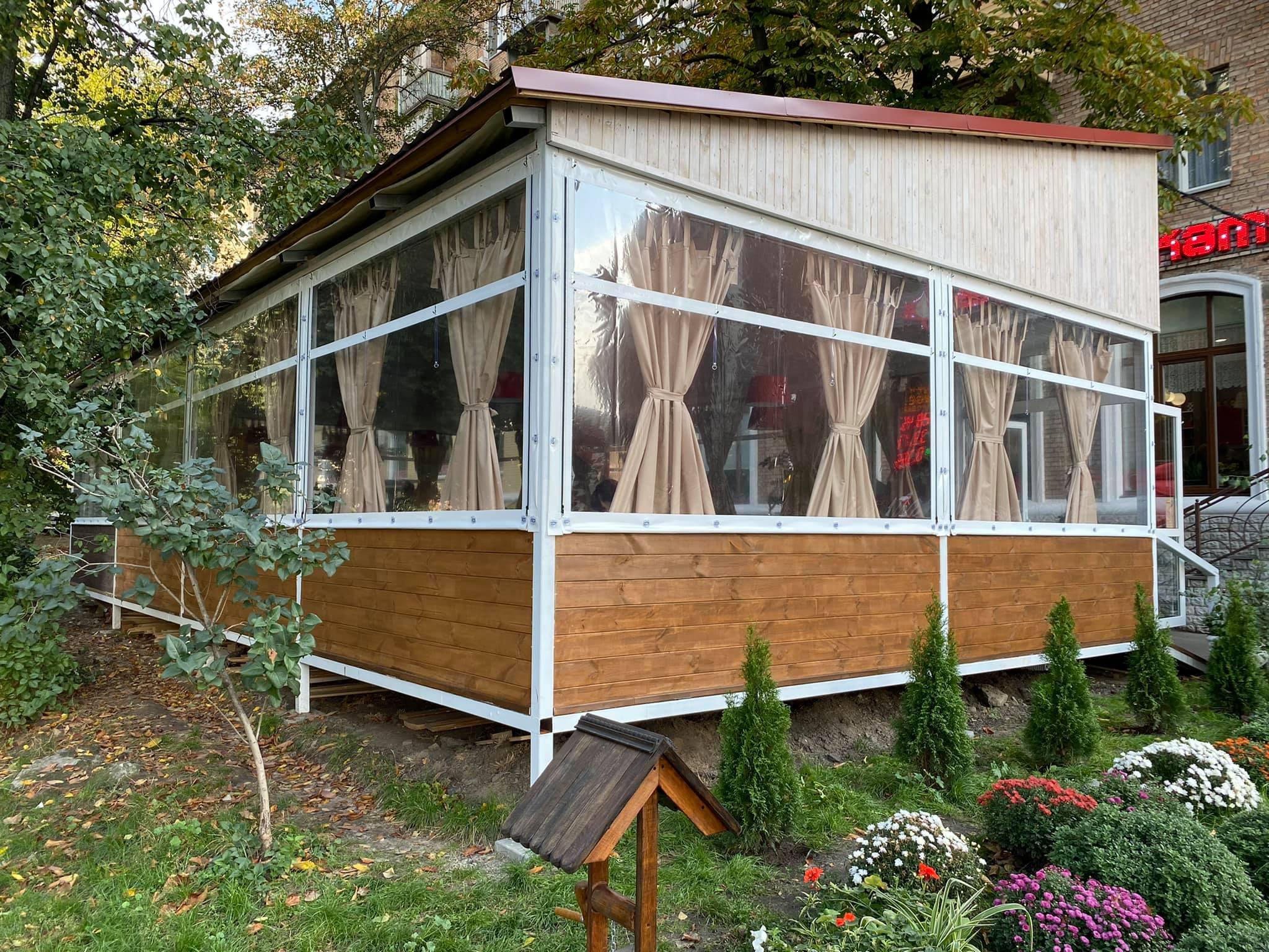 Гибкие окна для кафе в Киеве