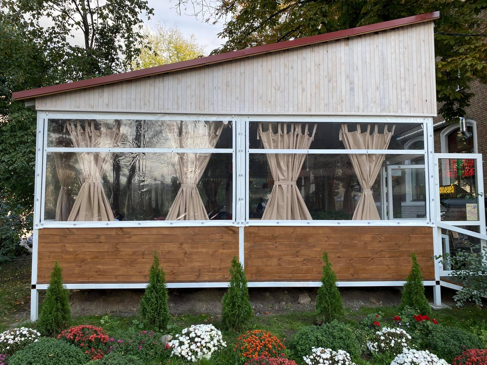 Гибкие окна для ресторана в Киеве