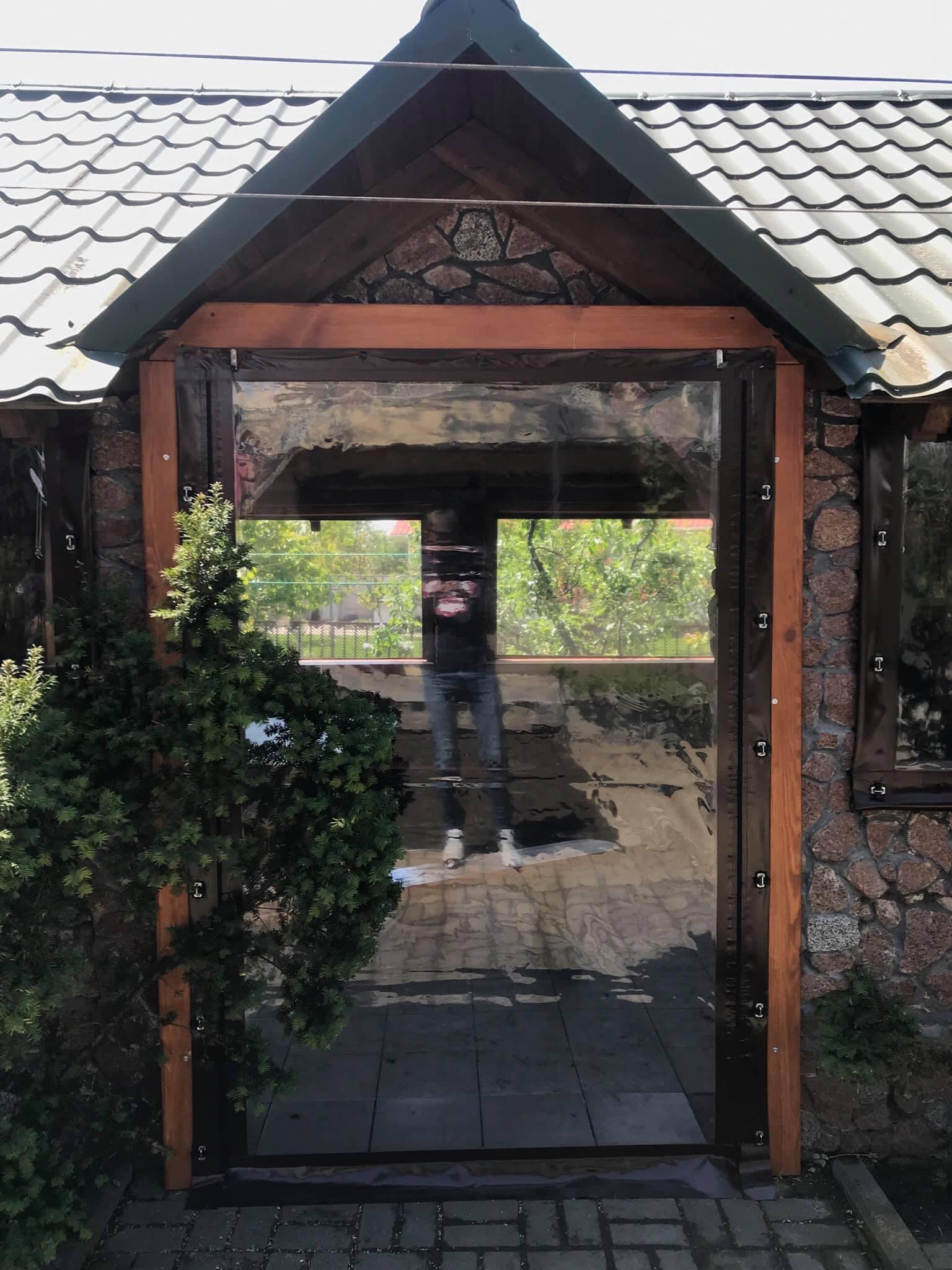 Мягкие двери на каменную беседку в городе Борисполь