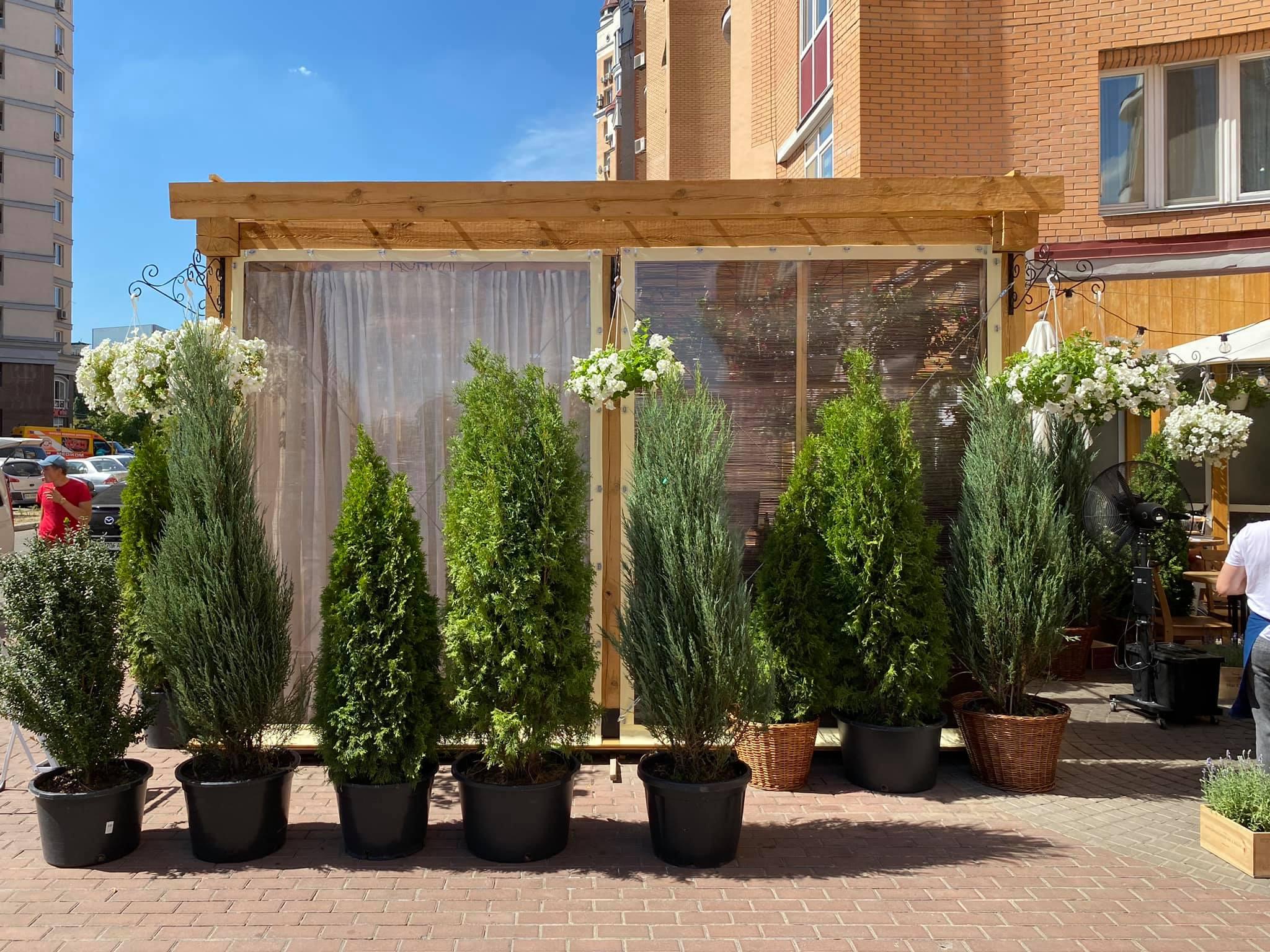 Шторы из ПВХ на деревянную летнюю площадку ресторана Ristorante 8/8 (Парк Наталка, Оболонь, Киев)