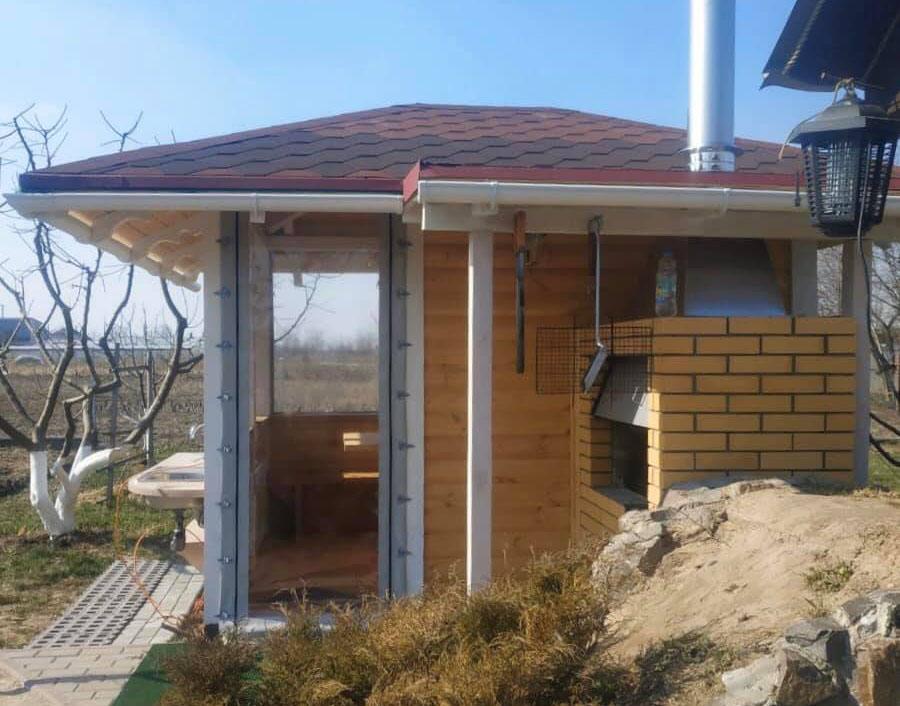 Гибкие окна для беседки в Василькове