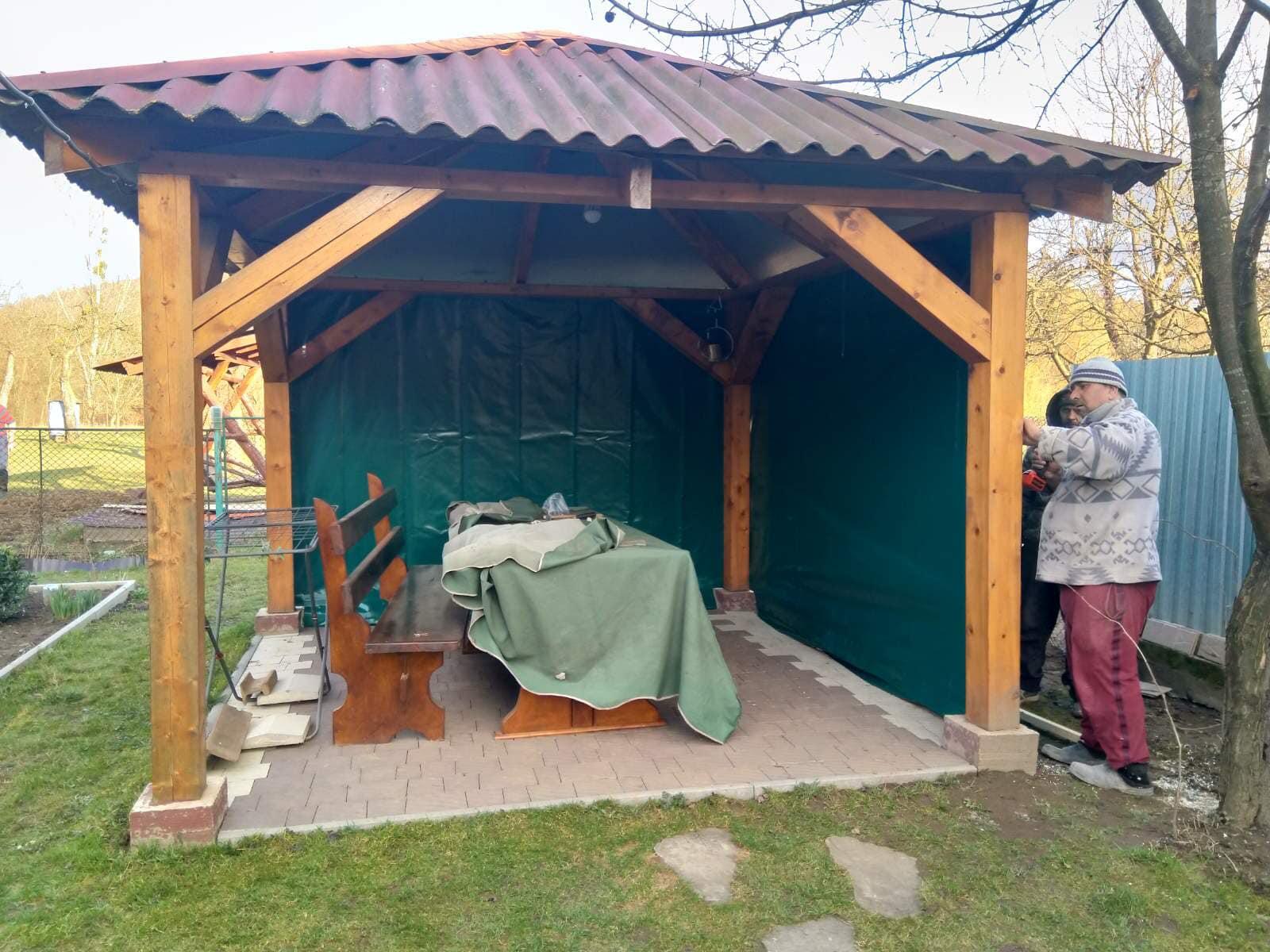 Непрозрачные ПВХ шторы на беседку в Сваляве